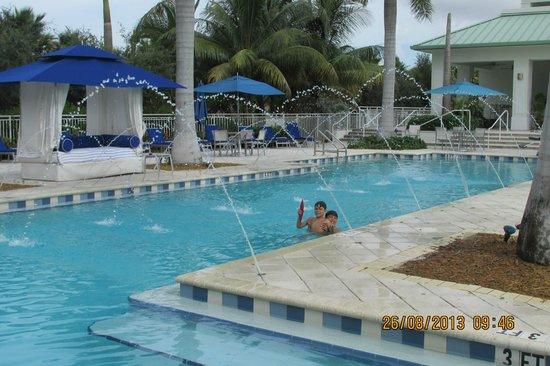 Provident Doral at The Blue Miami : Area de piscina