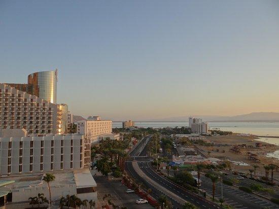 Hotel Spa Club Dead Sea: Утренний вид из номера