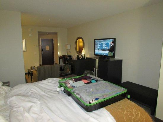 Comfort Suites Miami Airport North: Quarto