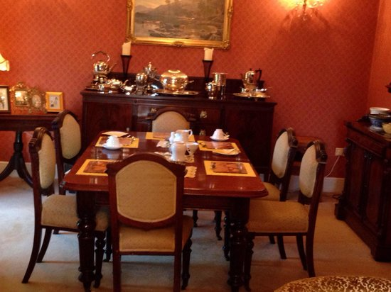Friars Quarter House: The dining area