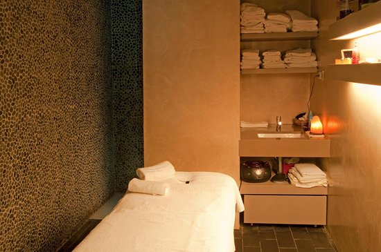 Cabina de masaje fotograf a de hotel bernat ii calella for Resort termali in cabina