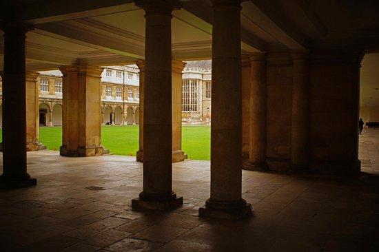 Cambridge Tour Guides: Cambridge