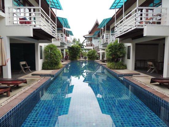 Florist Resort: Большой бассейн
