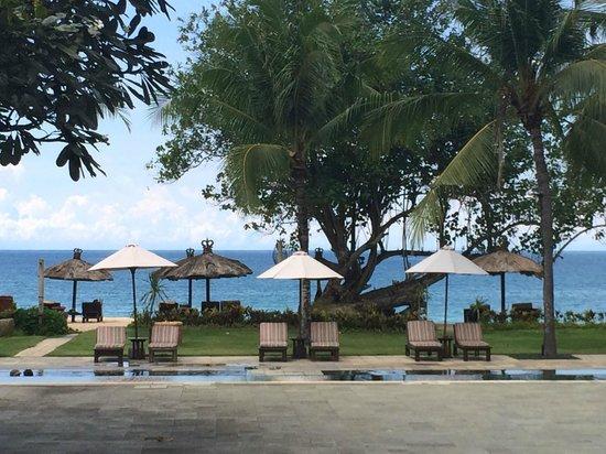 Belmond Jimbaran Puri: pool / beach