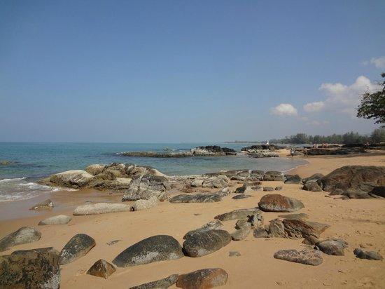Khaolak Sunset Resort: пляж
