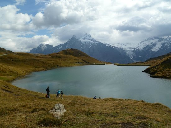 Grindelwald, Suiza: Lake Bachalpsee in September 2013