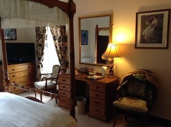 Ravenstone Lodge Hotel: warm cosy bedroom great nights sleep