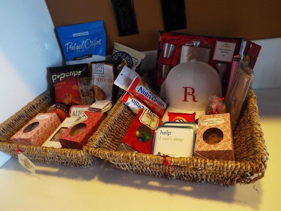 The Redbury Hollywood : Snacks and first aid supplies