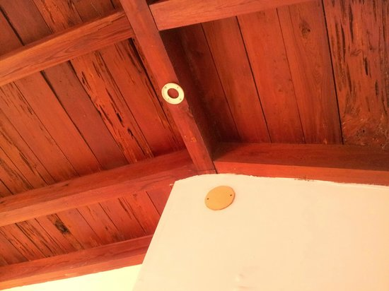 Fiesta Key RV Resort & Marina: Something missing ? how about a smoke detector ?