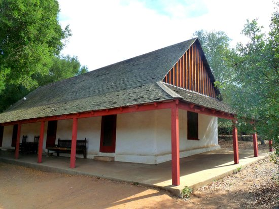 Santa Rosa Plateau Ecological Reserve : old buildings