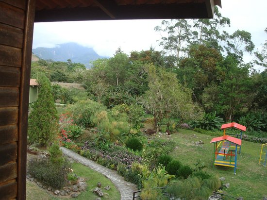 Hotel Dos Rios : Beautiful view of gardens
