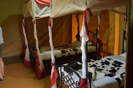 Ikoma Wildcamp: We sleep very good here..