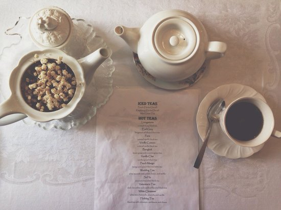 Ashes' Boutique: Tea Time!