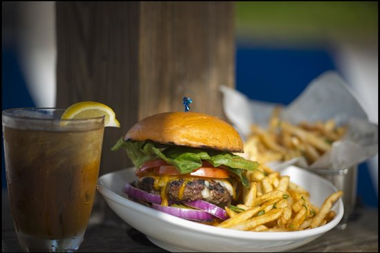 Tradewinds Restaurant and Bar: Delicious Burgers.. try them with Parmesan Garlic Fries