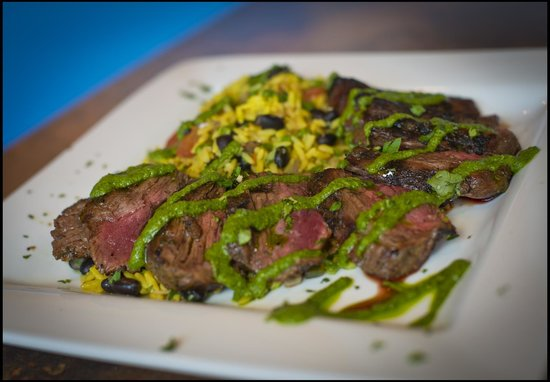 Tradewinds Restaurant and Bar: Churassco Steak