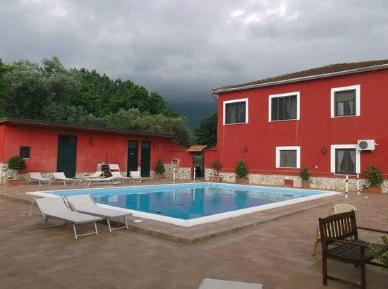 Ristorante con piscina picture of la tenuta del cavaliere agriturismo maneggio spa gioia - Agriturismo con piscina caserta ...