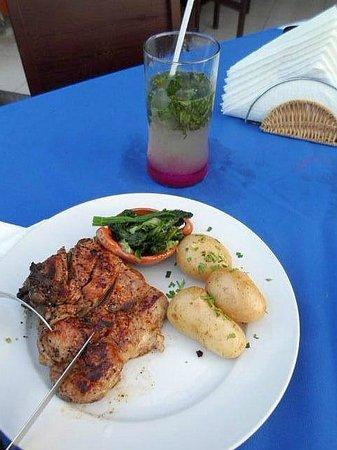 Fredy's: pork chops