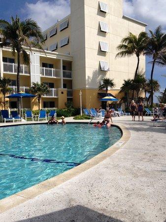 Delray Sands Resort on Highland Beach: Pool