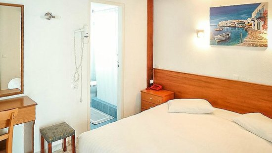 Zina Hotel Apartments: apartment blue