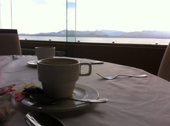 Alma del Lago Suites & Spa: Desayuno