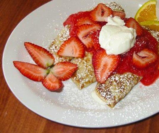 Good Morning Cafe : Irresistable Strawberry Blintz