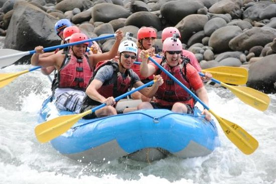 Go Tours Costa Rica - Day Tours: Aqua Bravas Rafting tour
