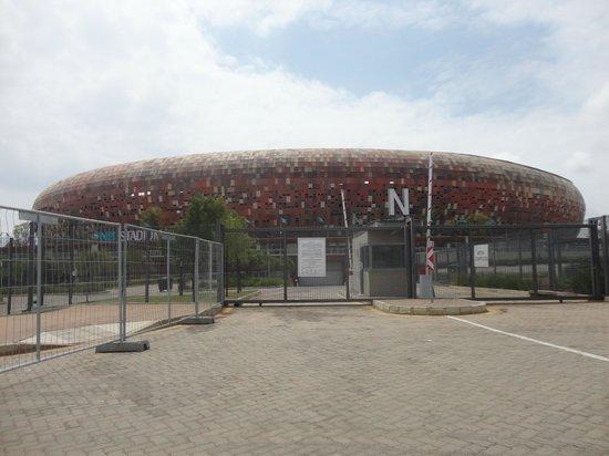 FNB Stadium: Vista Externa