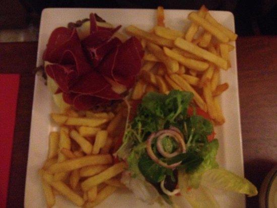 La Case K2: Un des hamburgers