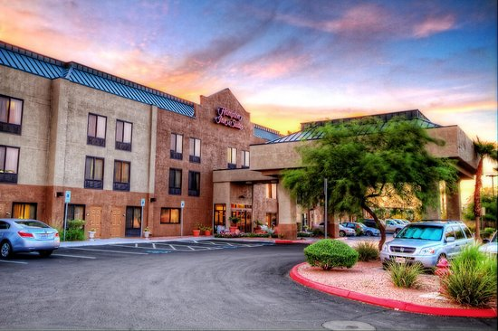 Hampton Inn and Suites Las Vegas - Henderson: Our Pet-Friendly Hotel