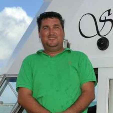 Strea Charters: Captain John welcome you on board