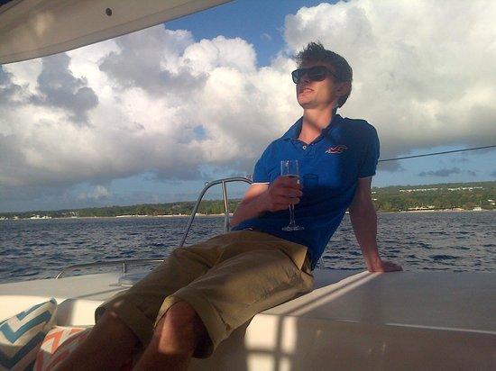 Seaduced Luxury Catamaran: Relaxing on Seaduced