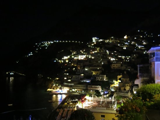 Hotel Marincanto : Night view