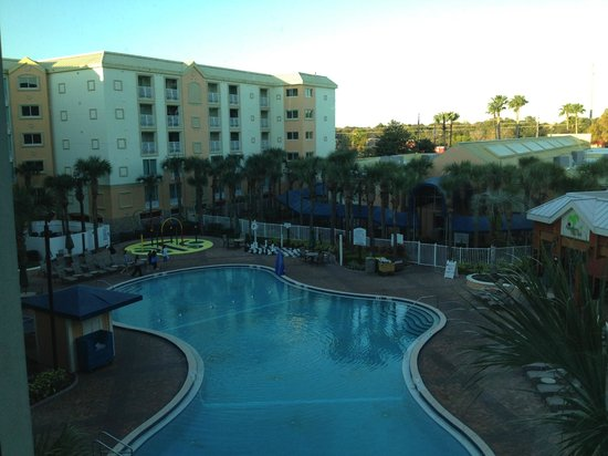 Holiday Inn Resort Orlando-Lake Buena Vista : view from our room