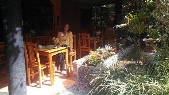 Boquete Garden Inn: Eating area where we enjoyed our breakfast