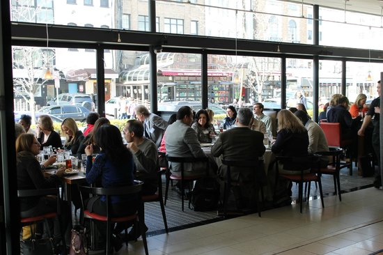 The Dupont Circle : Conference Lunch in the Cafe Dupont
