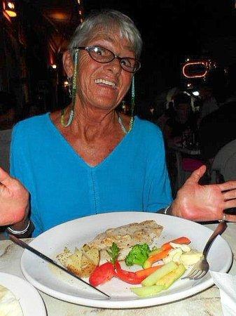 Hotel Bucaneros : excellent garlic fish