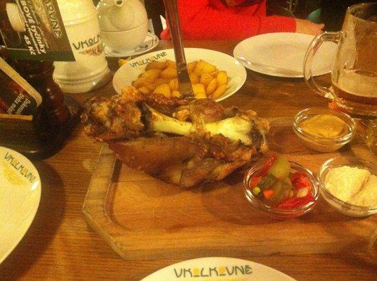 V Kolkovne Restaurant: То самое печеное колено