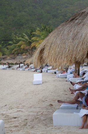 lounges on jalousie beach