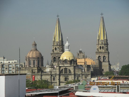Hotel de Mendoza: A view of the Cathedral from hotel roof terrace