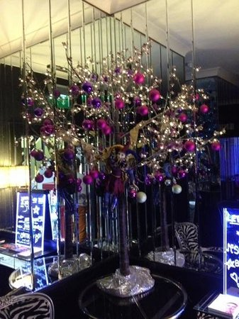 The Cumberland Hotel: christmas decorations