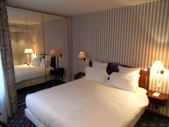 Hotel Le Pierre: standard double room