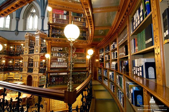 The Library of Parliament / La Bibliothèque du Parlement