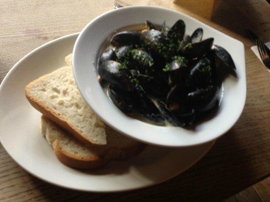 The George Inn: Mussels
