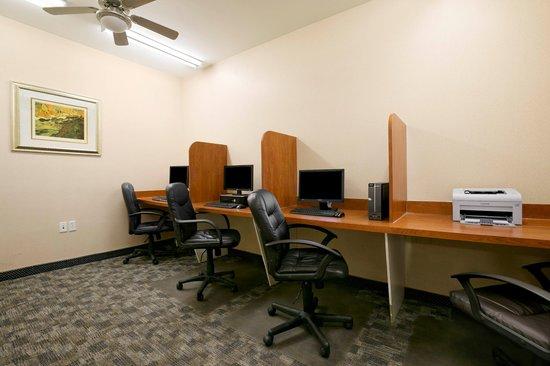 Days Inn Prince Albert: Business Center