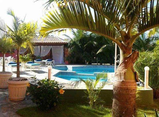 Villa Baobá: Vista da piscina