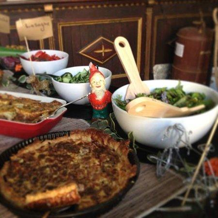 La Brocante  Food, Fashion and Vintage Goods: Buffet @ La Brocante