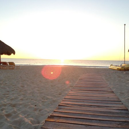 Beach At Sunrise Picture Of Iberostar Paraiso Maya