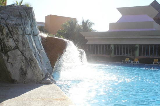 Pool Area With Maya Buffet Picture Of Iberostar Paraiso