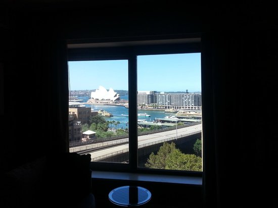 Four Seasons Hotel Sydney: View from one of the windows