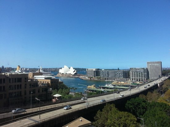 Four Seasons Hotel Sydney: View of Opera House